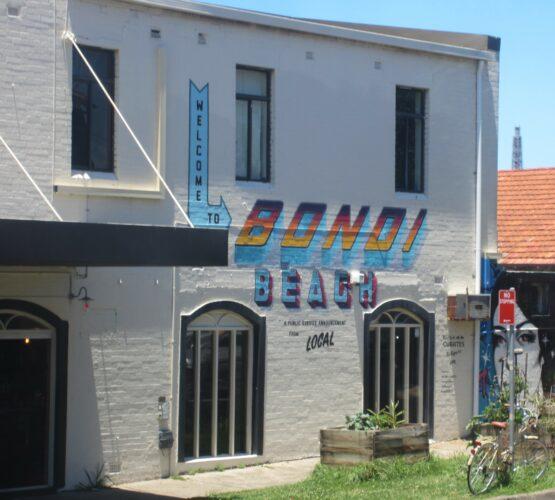 Sydney, Bondi Graffiti On House