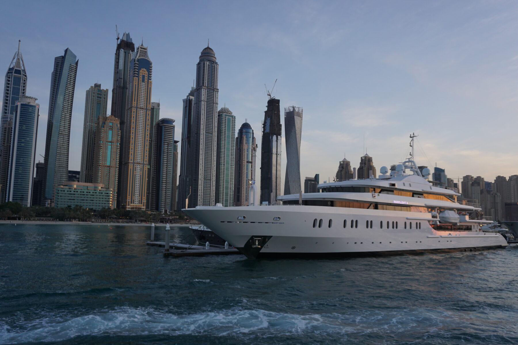 Dubai, Yacht