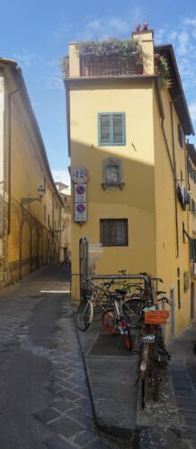 Florence, Narrow House