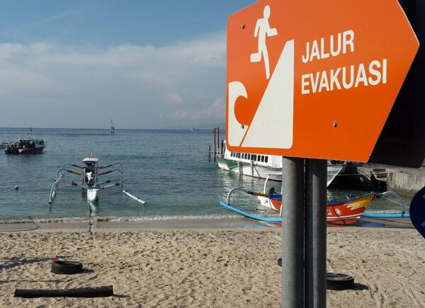 Indonesia, Tsunami Warning