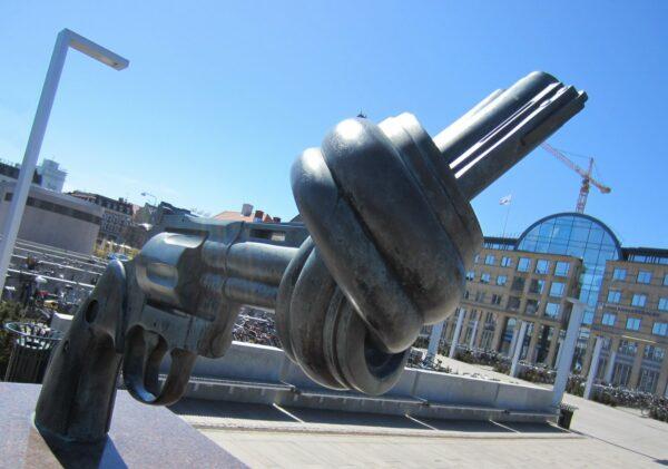 Malmö, The Knotted Gun