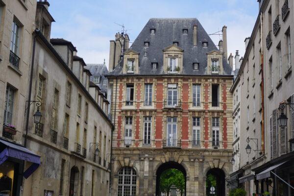 Paris House Passage