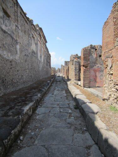 Pompeji, Stone Path
