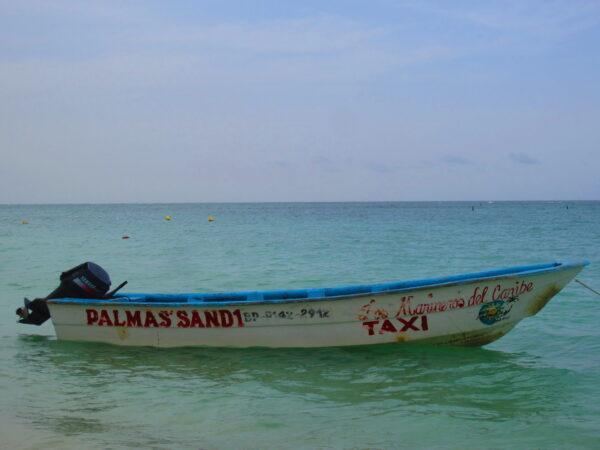 Republica Dominicana, Motorboat Taxi