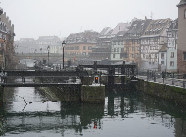Strasbourg, Snowing River View